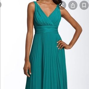Suzy Chin for Maggy Boutique Green Pleated Dress